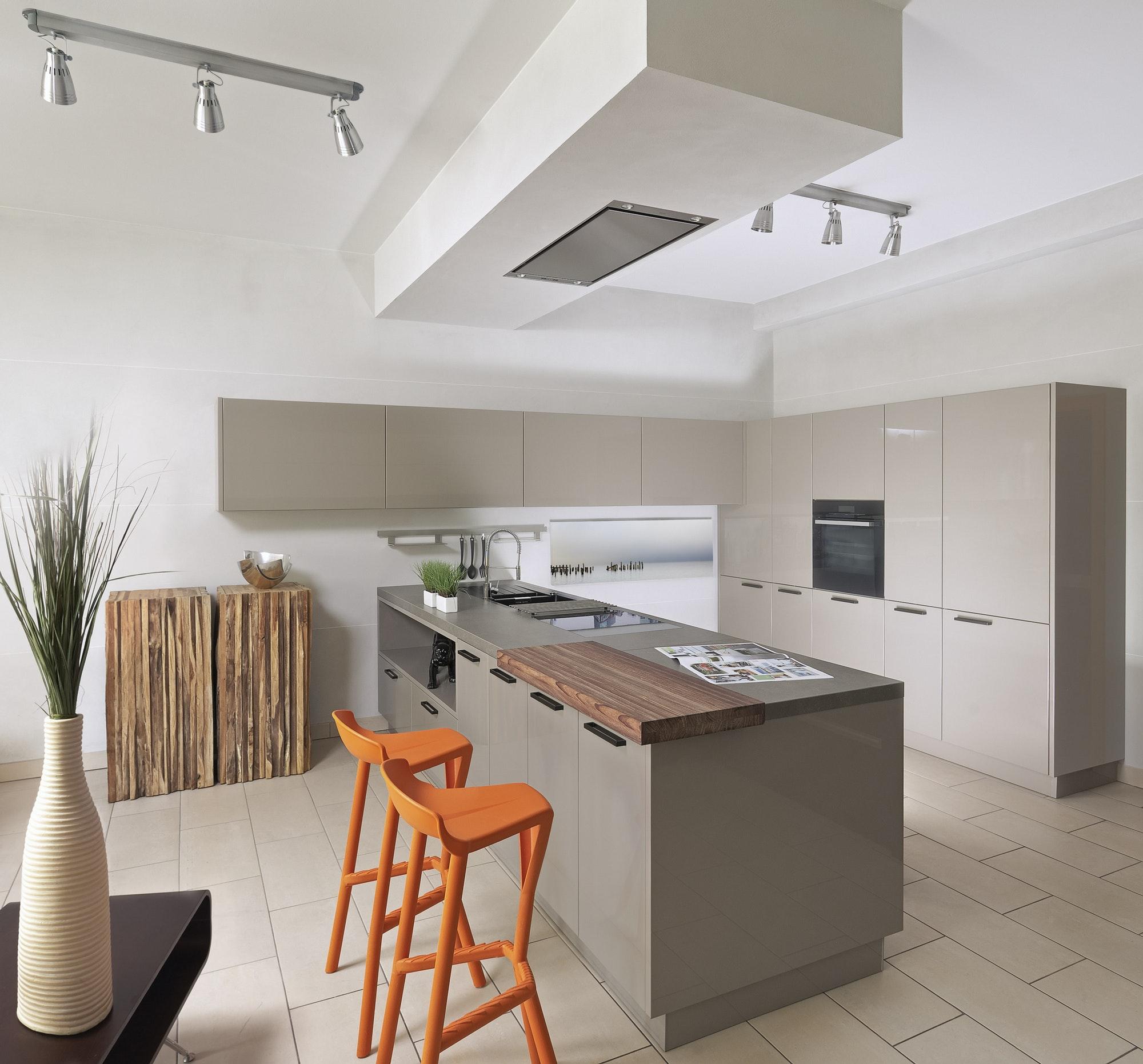 Encimeras Las Palmas Countertop and cabinets in modern kitchen